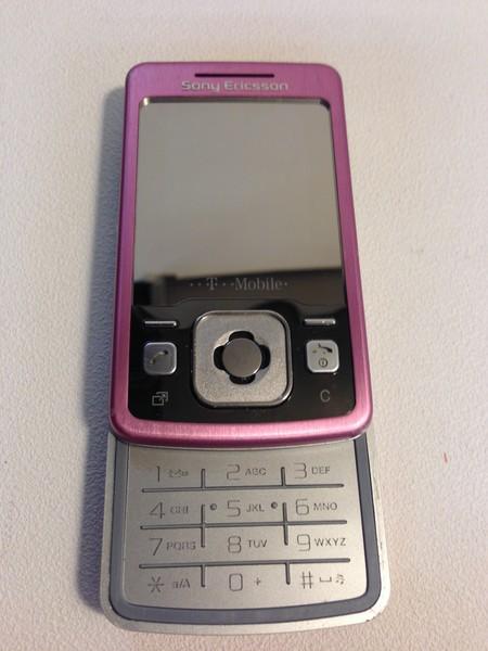 Sony Ericsson T303 (2)